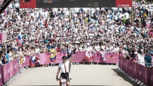 2012 - SABINE SPITZ ZÍSKÁVA NA BICYKLI HAIBIKE OLYMPIJSKÉ STRIEBRO